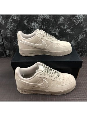 Air Force 1 07 LV8 SUEDE - 002