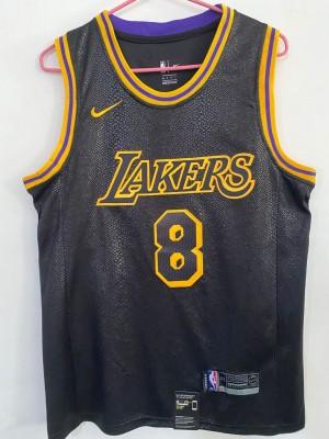 Lakers BRYANT 8/24