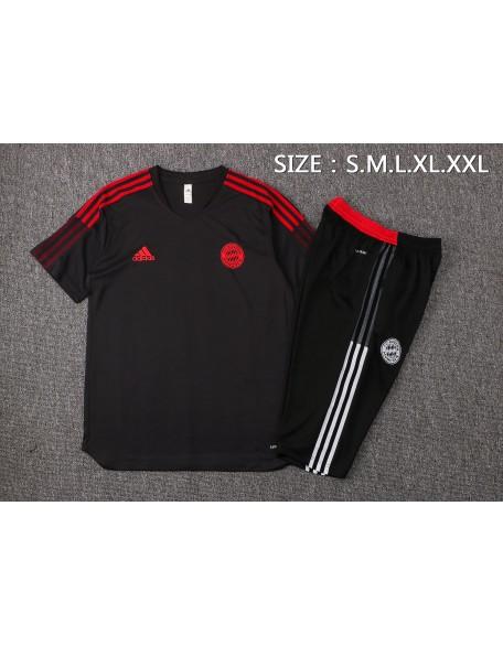 Shirts + Shorts Bayern Munich 2021/2022